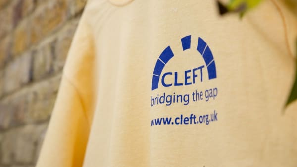 CLEFT t-shirt - size SMALL